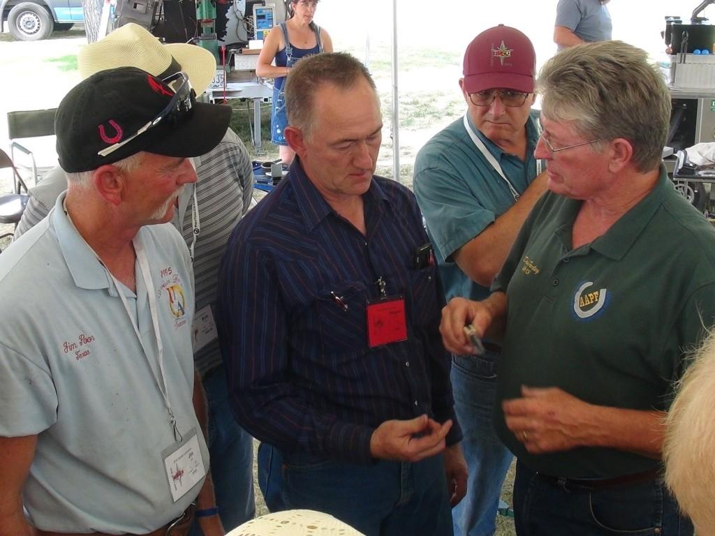 Jim Poor, Shayne Carter and Dave Farley talking blades