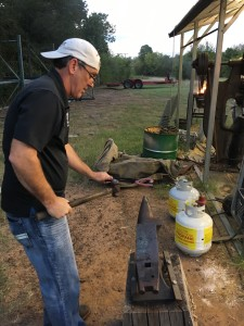 Texas Farrier Supply Forging Tuesday (Rob Logsdon of FPD)